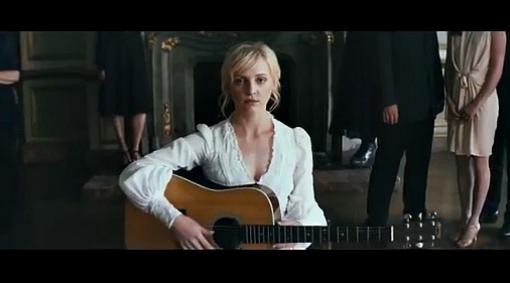 LauraMarling